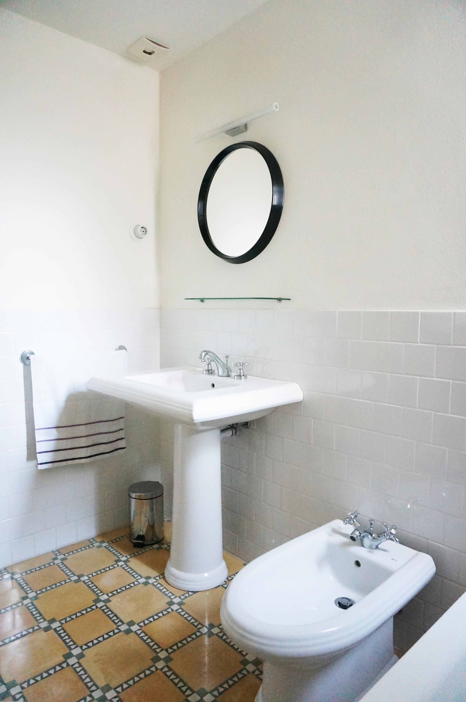 Reforma baño con materiales de època