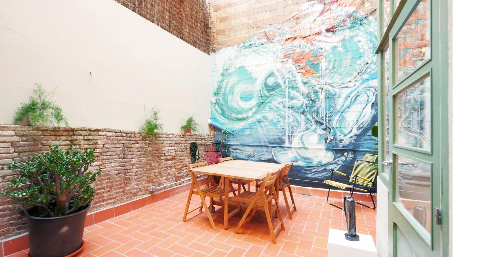 pintura mural patio